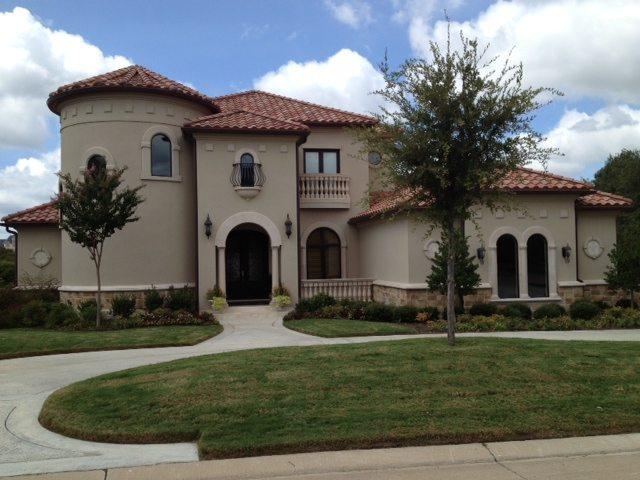 spanish-style-stucco-home-03