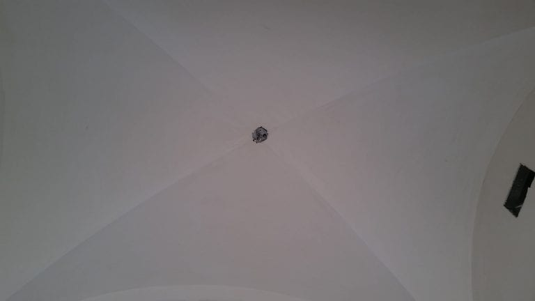 vaulted-plaster-ceiling-01